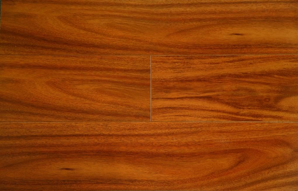 Mahogany floors santos mahogany natal amazing unique for Urbn laminate flooring